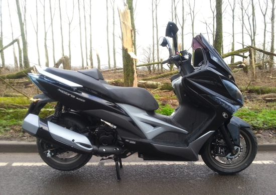 Kymco XCiting 400i rechts