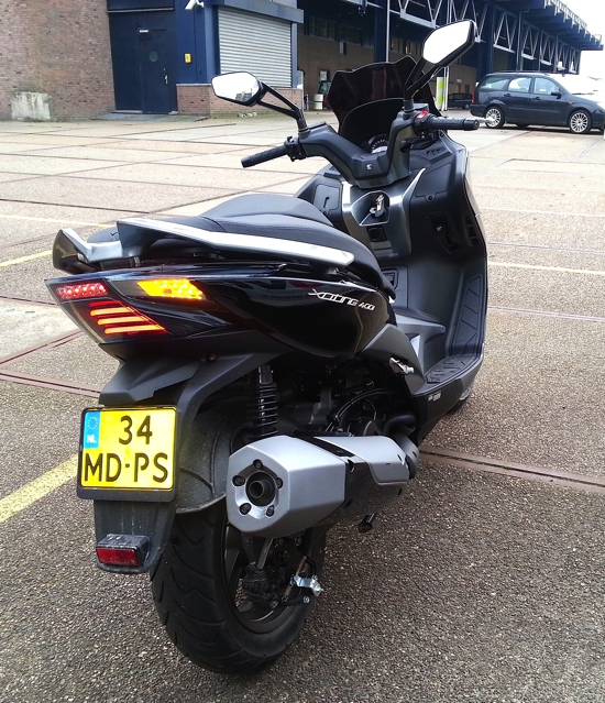 Kymco XCiting 400i rechtsachter